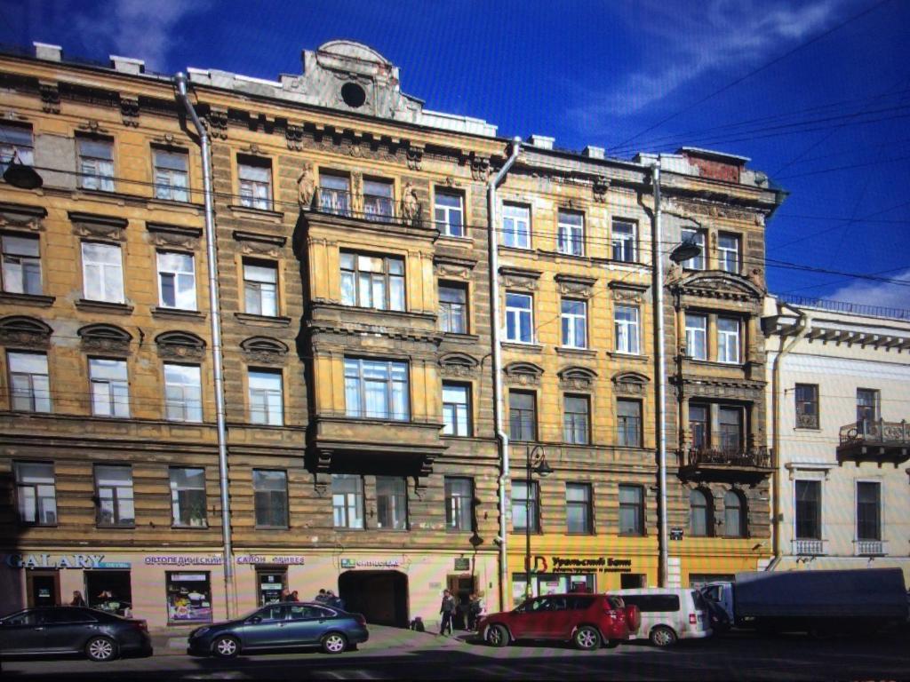 Guest house on Vladimirsky Prospekt 10