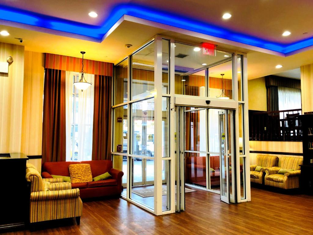 Hotels With Smoking Rooms In Long Island Ny