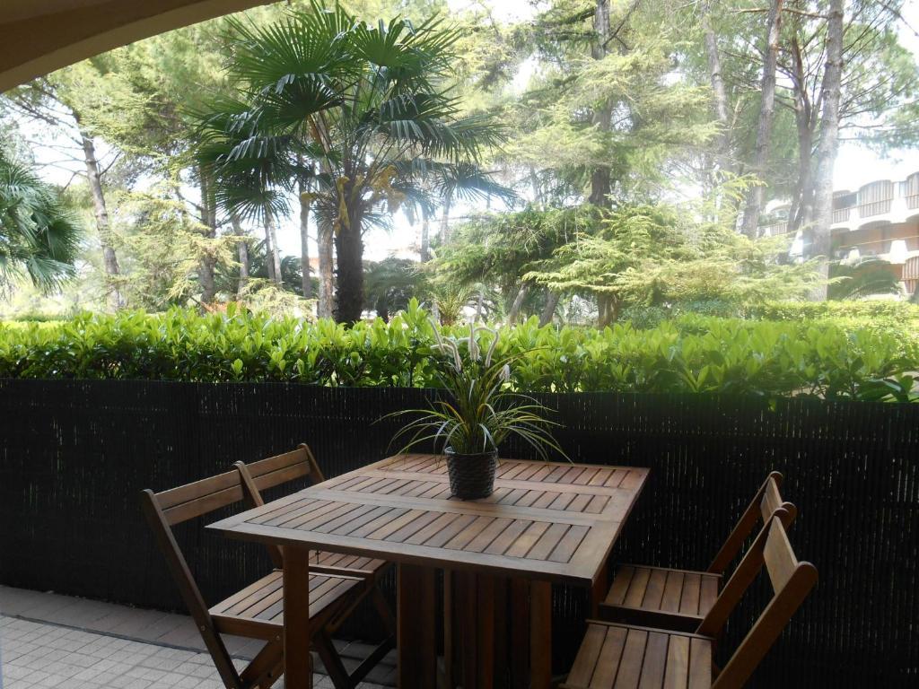3 rivi res acacias c9 mandelieu la napoule reserva tu for Jardin 3 rivieres