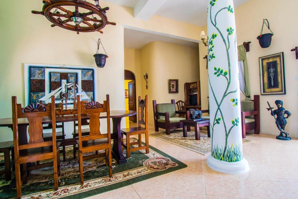 Camelot Villa (San Vicente y las Granadinas Port Elizabeth ...