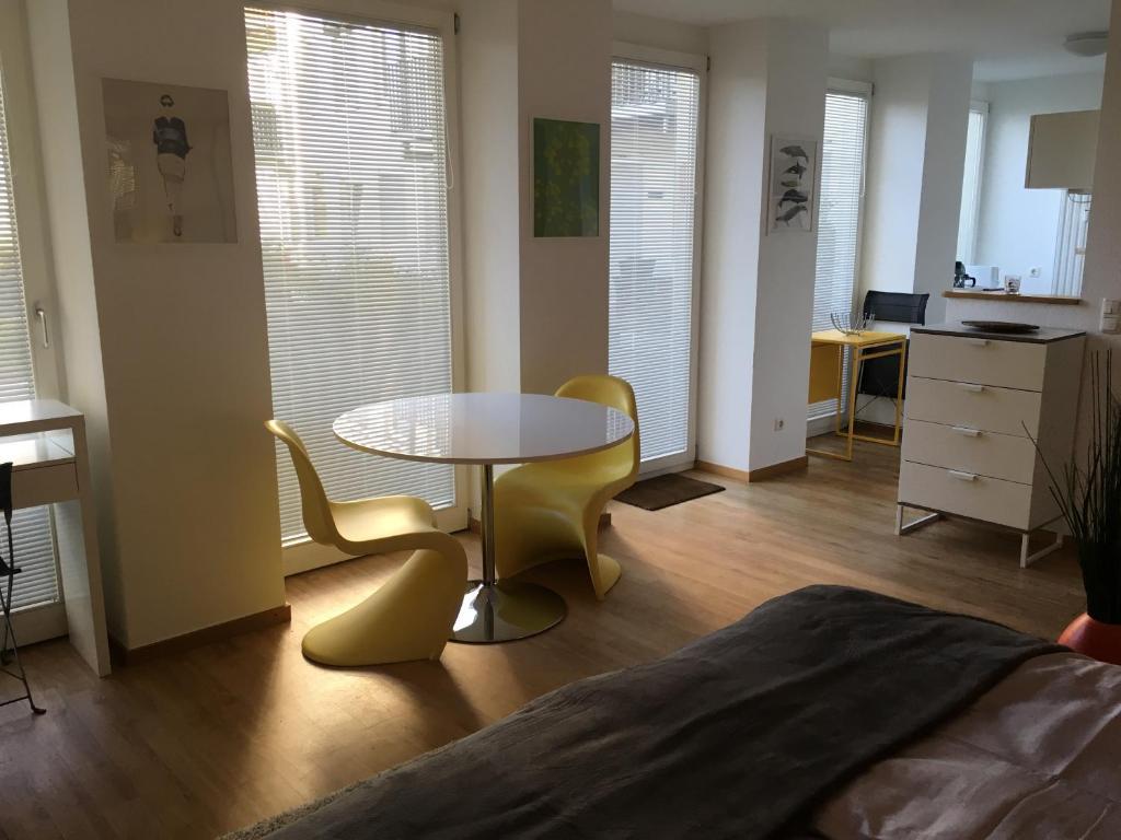 Un lugar para sentarse en All Inn Apartment Cologne