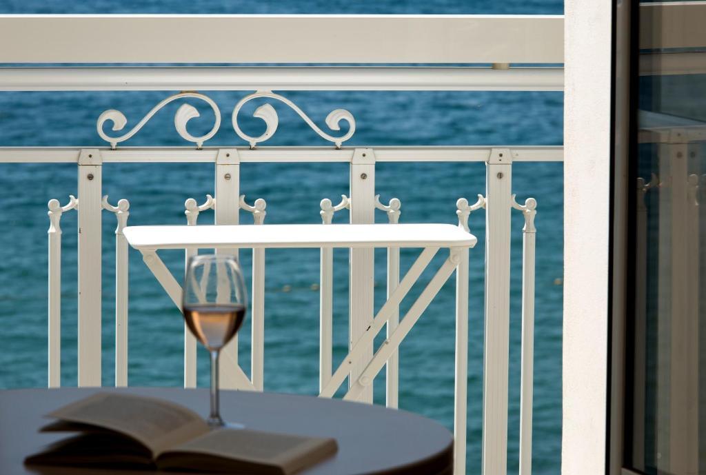 Restaurant Grand Hotel La Seyne Sur Mer