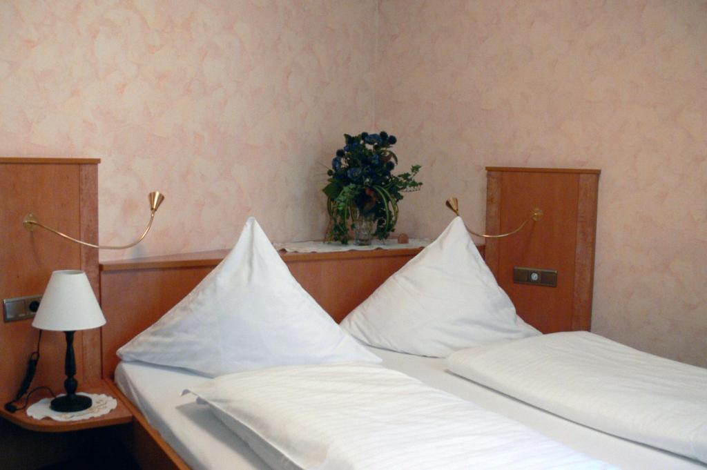 Hotel Quellenhof Remagen Informationen Und Buchungen