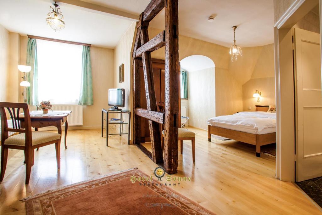 hotel sonne offenburg informationen und buchungen online viamichelin. Black Bedroom Furniture Sets. Home Design Ideas