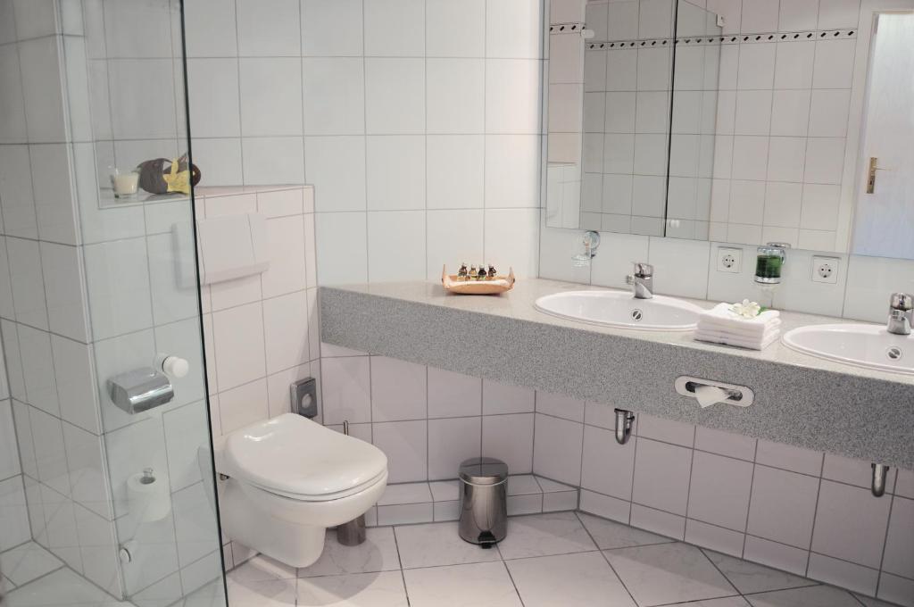 hotel krone berlingen am ried singen reserva tu hotel con viamichelin. Black Bedroom Furniture Sets. Home Design Ideas
