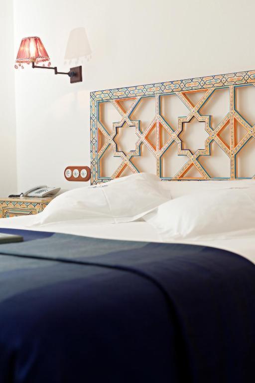 Hotel Becquer Siviglia Booking