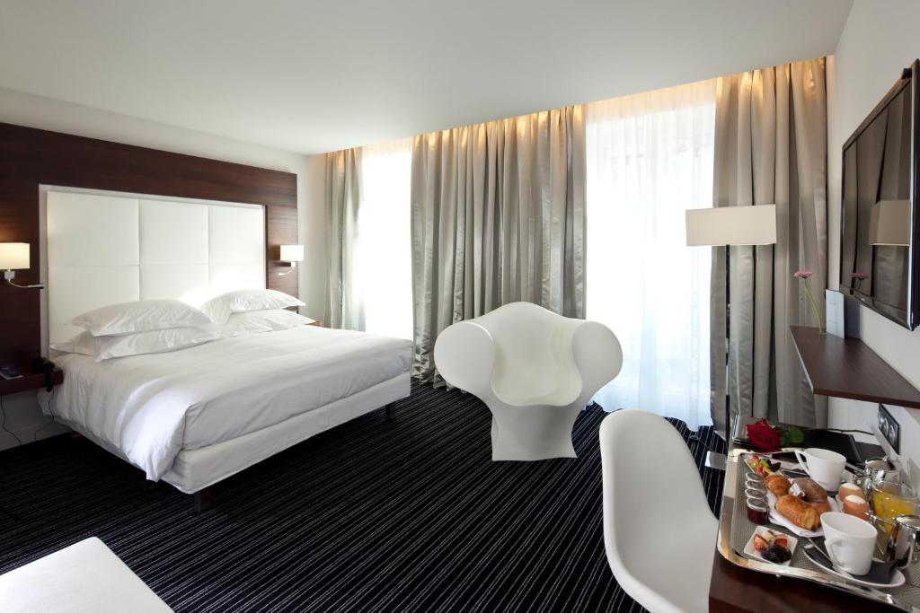 Le grand h tel grenoble grenoble book your hotel with for Hotels grenoble