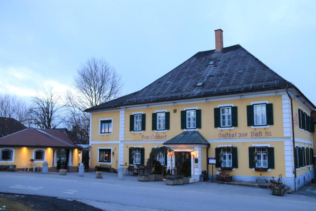 Gasthof zur post r servation gratuite sur viamichelin for Reserver hotel payer sur place