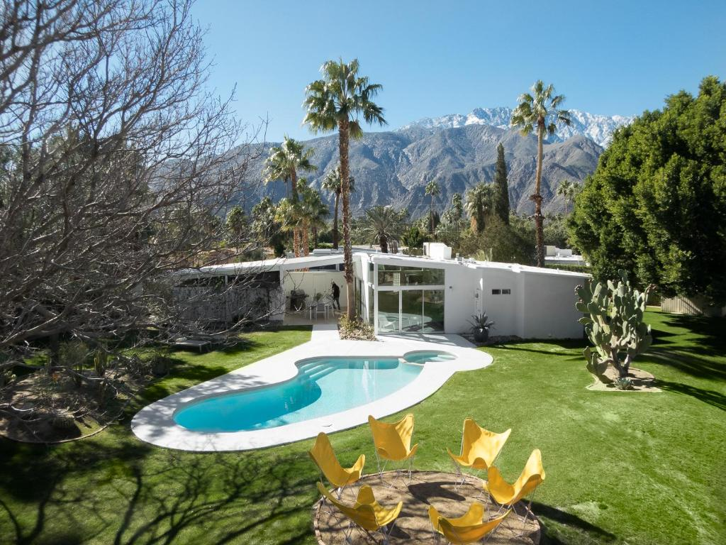 The absolute best gay clothing optional resorts in palm springs, usa