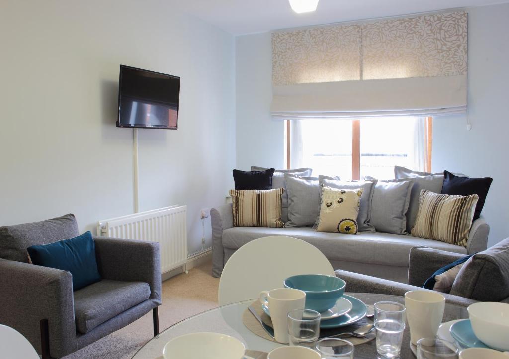 127885347 - Summerhill Suite