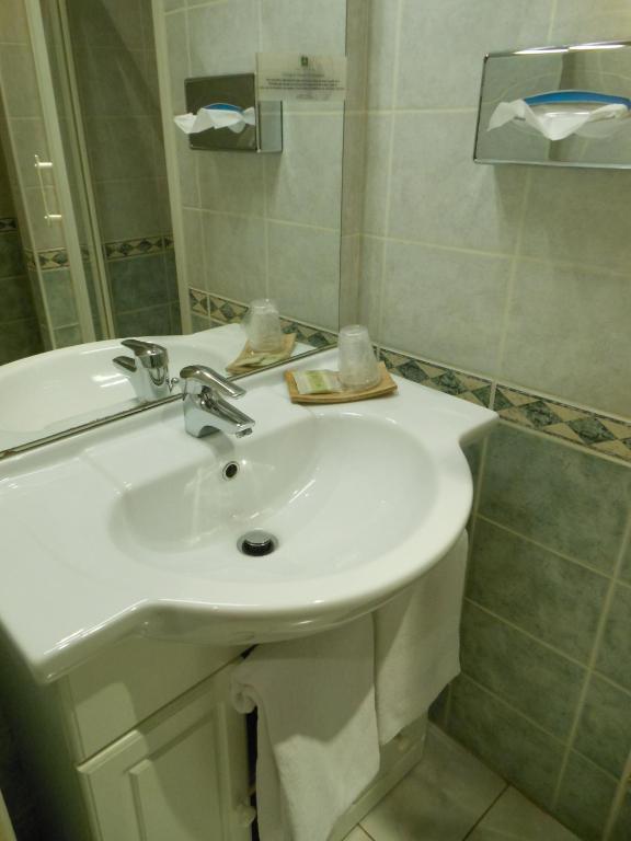 Hotel De L Ecu De France Malesherbes