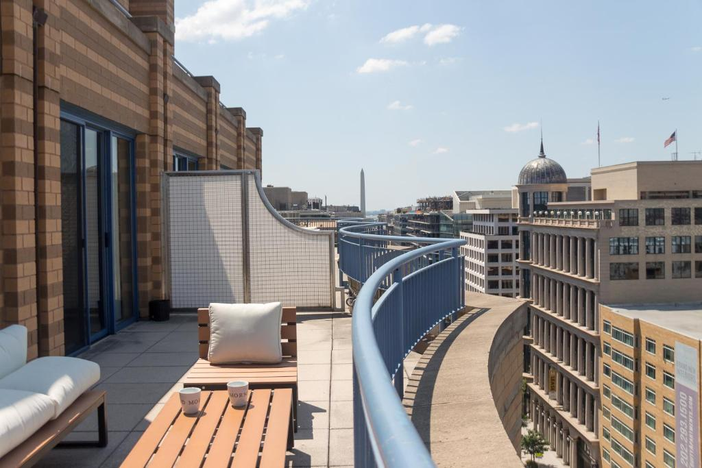 3 Bedroom Penthouse Suite Washington Online Booking Viamichelin