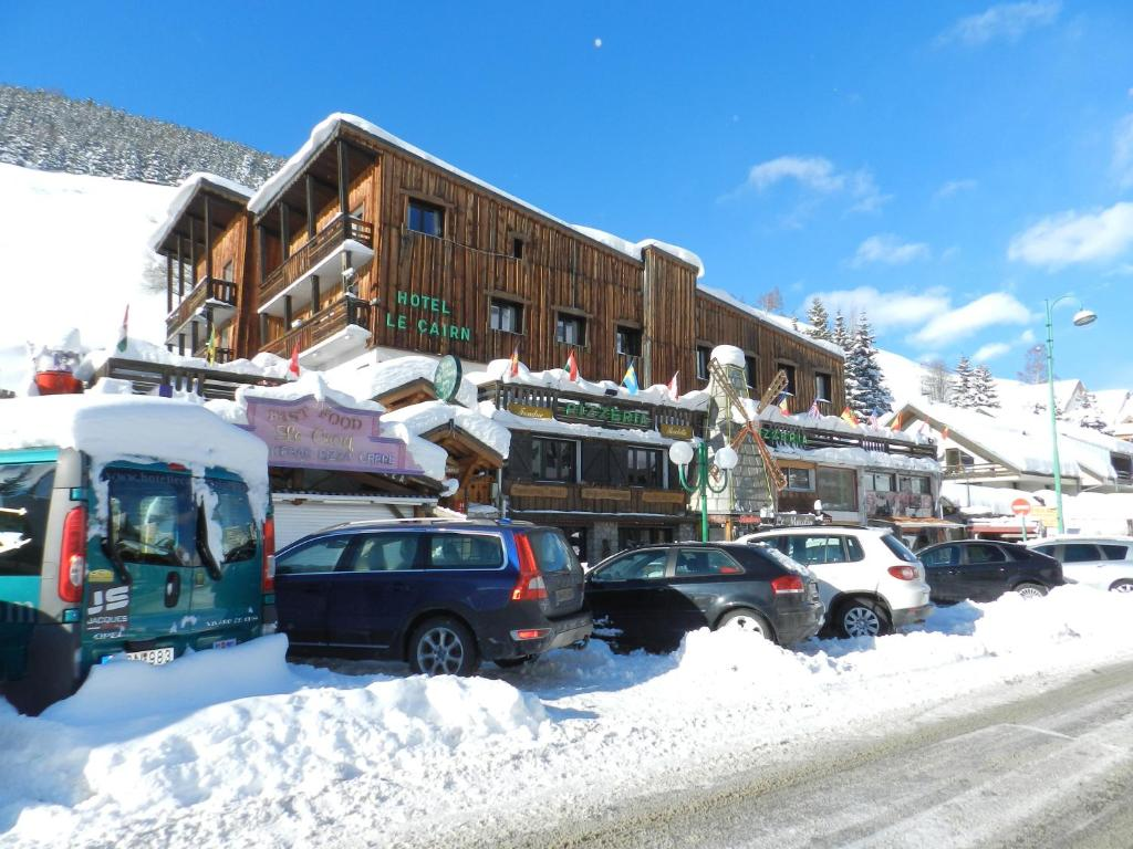Hotel le cairn le bourg d 39 oisans online booking for Hotels 2 alpes