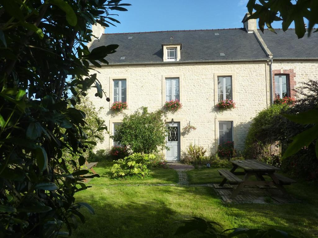 Chambres d 39 h tes le clos tassin chambres d 39 h tes for Chambre d hote bayeux calvados
