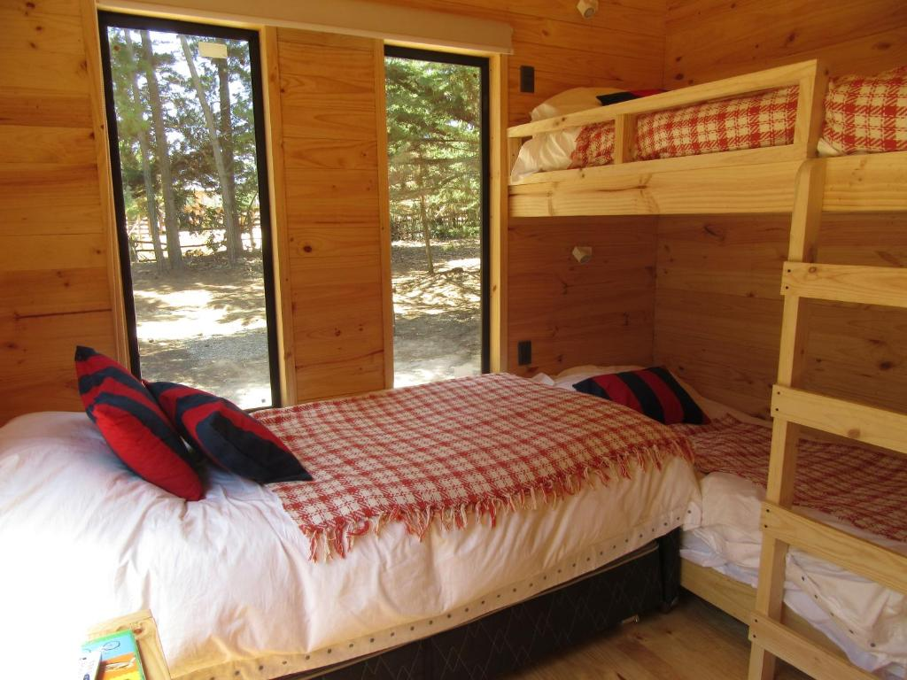 Surf Lodge Posada Punta De Lobos Chile Pichilemu Booking Com # Muebles Lobo Posada