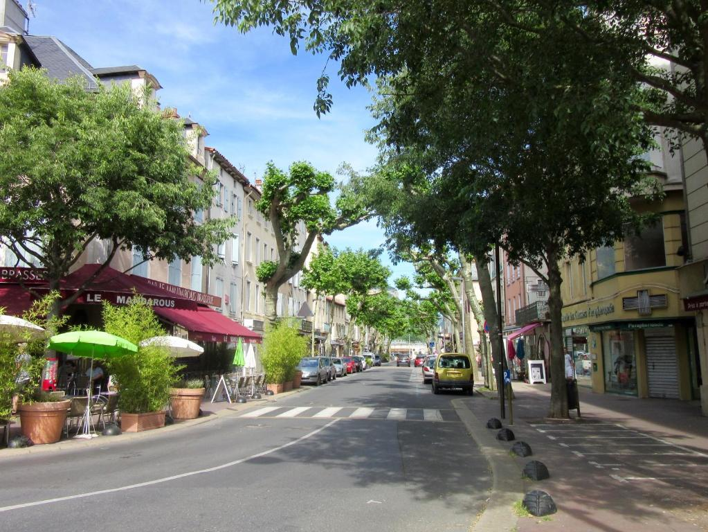 Restaurant Avenue Jean Jaures Millau