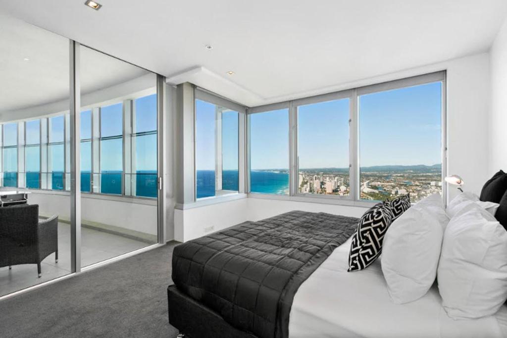 Q1 resort spa city of gold coast reserva tu hotel con for Habitaciones familiares italia
