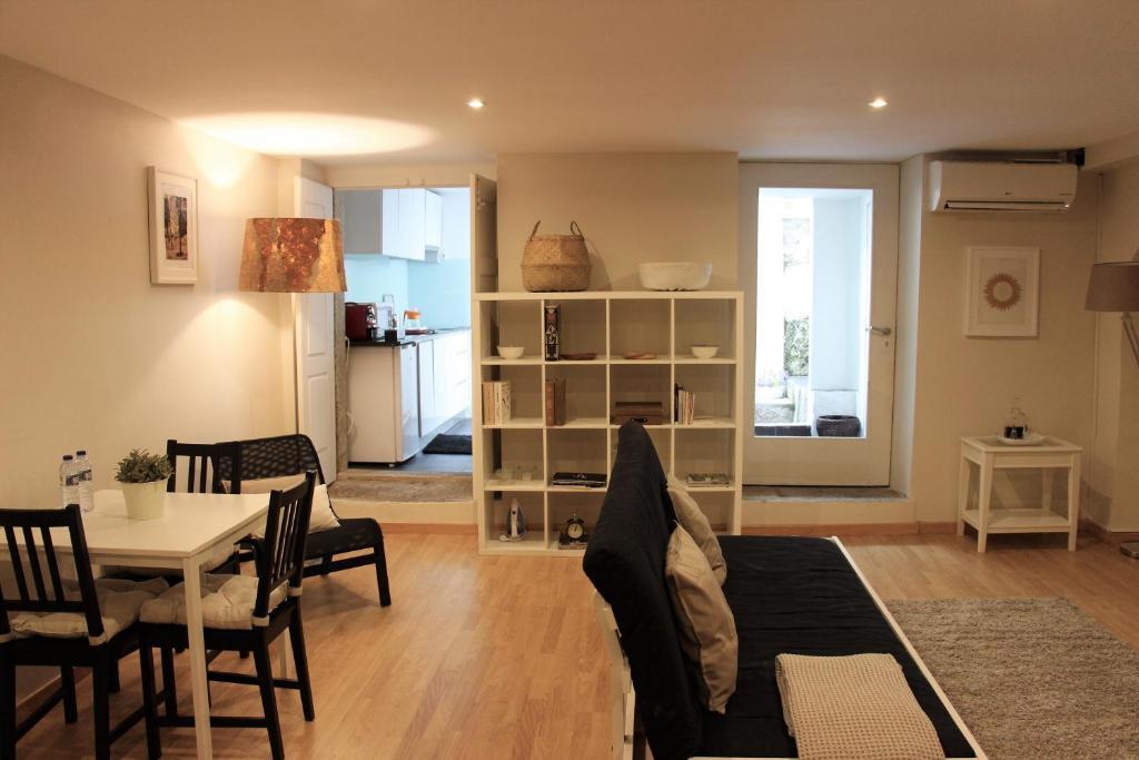 Open Space Almada, Appartement Porto