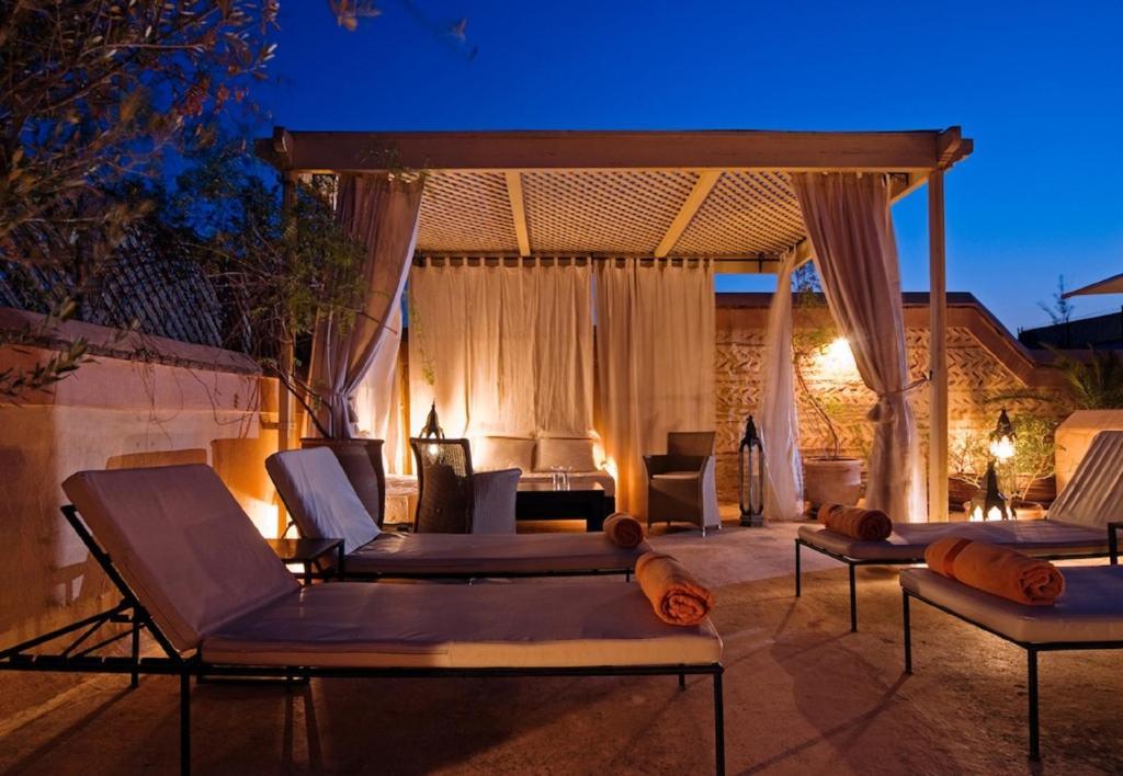 Riad tzarra chambres d 39 h tes marrakech for Chambre d hotes marrakech