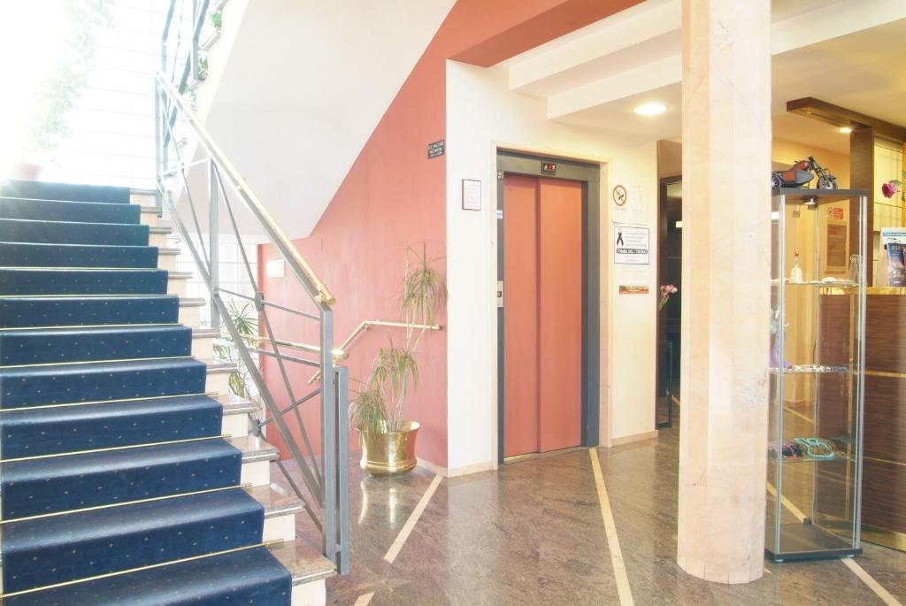 Hotel maxim bologna prenotazione on line viamichelin for Hotel vicino unipol arena bologna