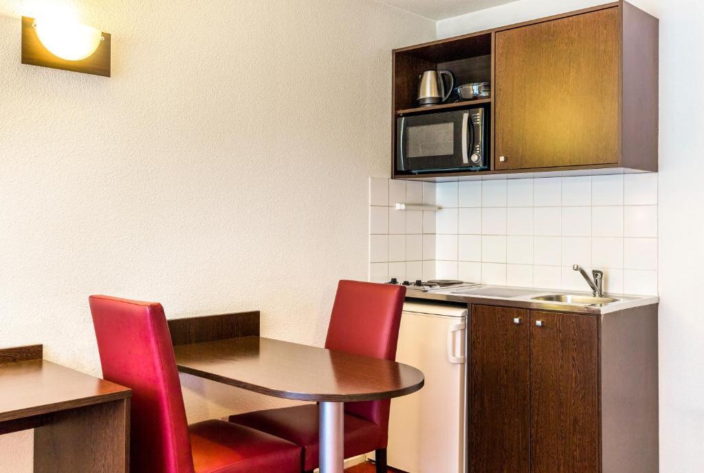 Apart hotel adagio access paris vanves porte fran a vanves - Aparthotel adagio porte de versailles ...