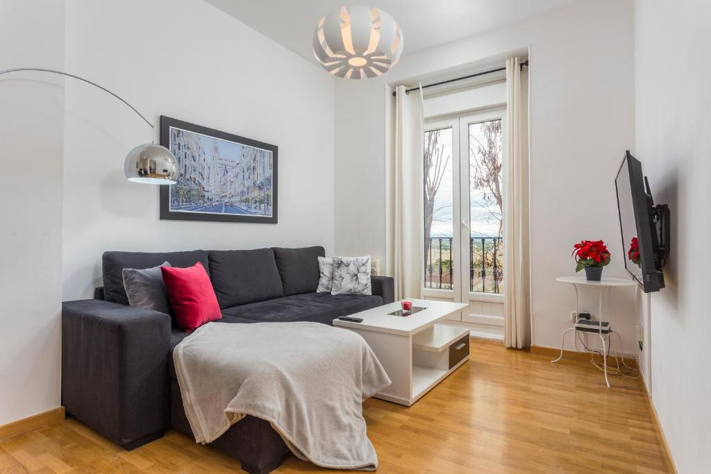 ce6d8cbc4026b Moreria Apartment