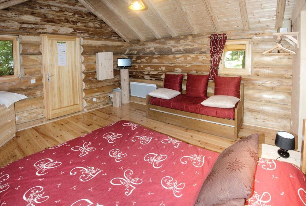 chambres d 39 h tes la gargaille chambres d 39 h tes ali ze dans le jura 39. Black Bedroom Furniture Sets. Home Design Ideas