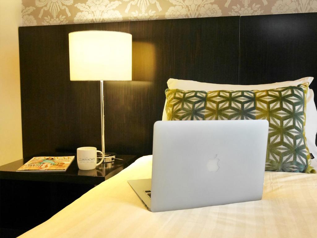 the connacht hotel r servation gratuite sur viamichelin. Black Bedroom Furniture Sets. Home Design Ideas