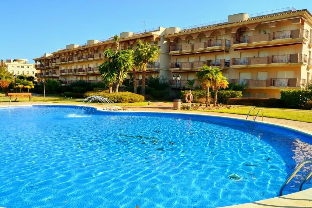 Apartamentos golden beach sant carles de la r pita book your hotel with viamichelin - Apartamentos golden beach sant carles de la rapita ...