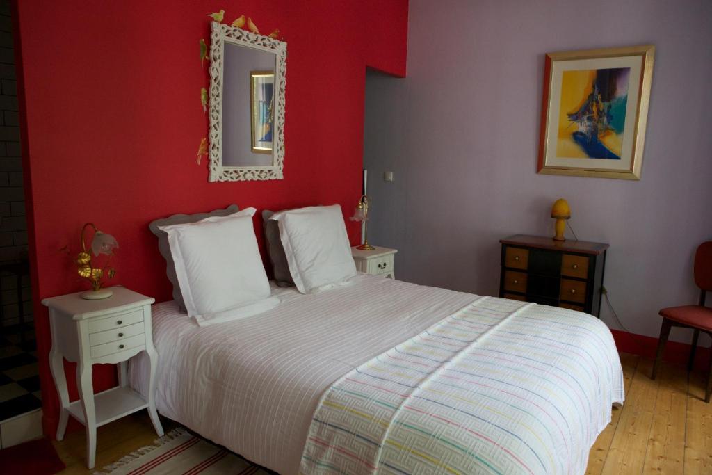 chambre d 39 h tes la c lestine bed breakfast strasbourg. Black Bedroom Furniture Sets. Home Design Ideas