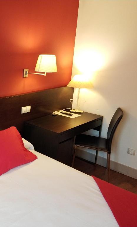 Hotel puerta del arco tudela de duero zum angebot - Hotel puerta del arco ...