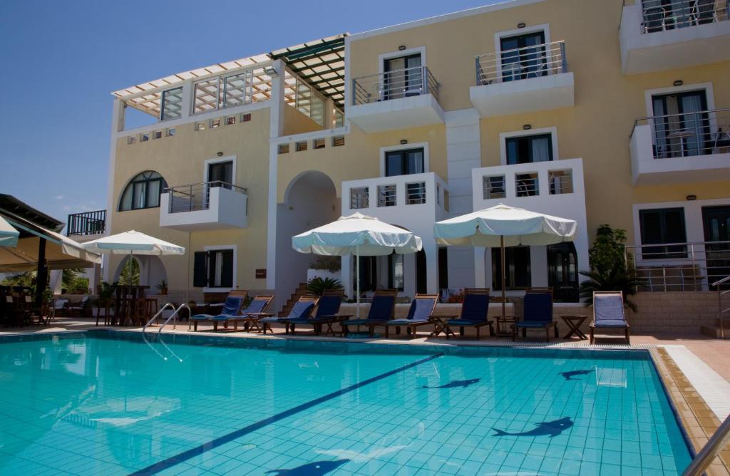 Гостиницу в Милос на побережье
