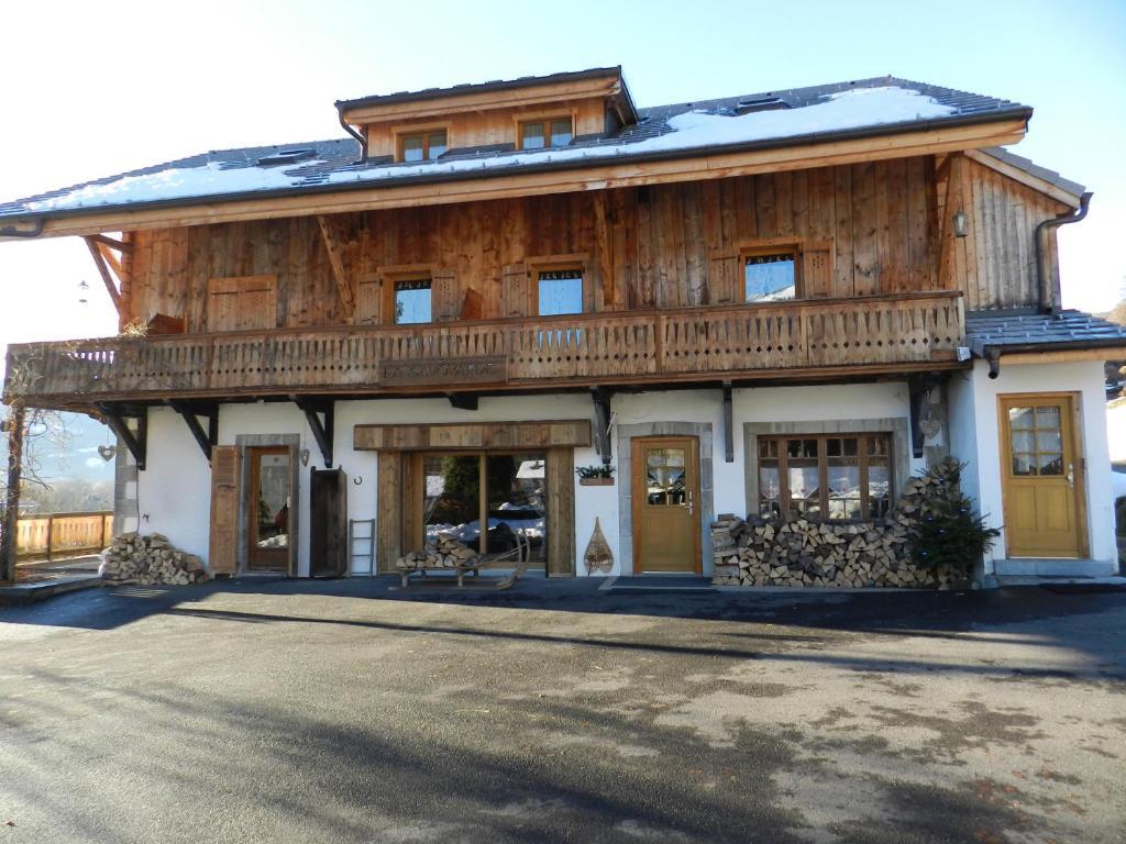 Booking.com: Chalet La Savoyarde - Samoëns, France