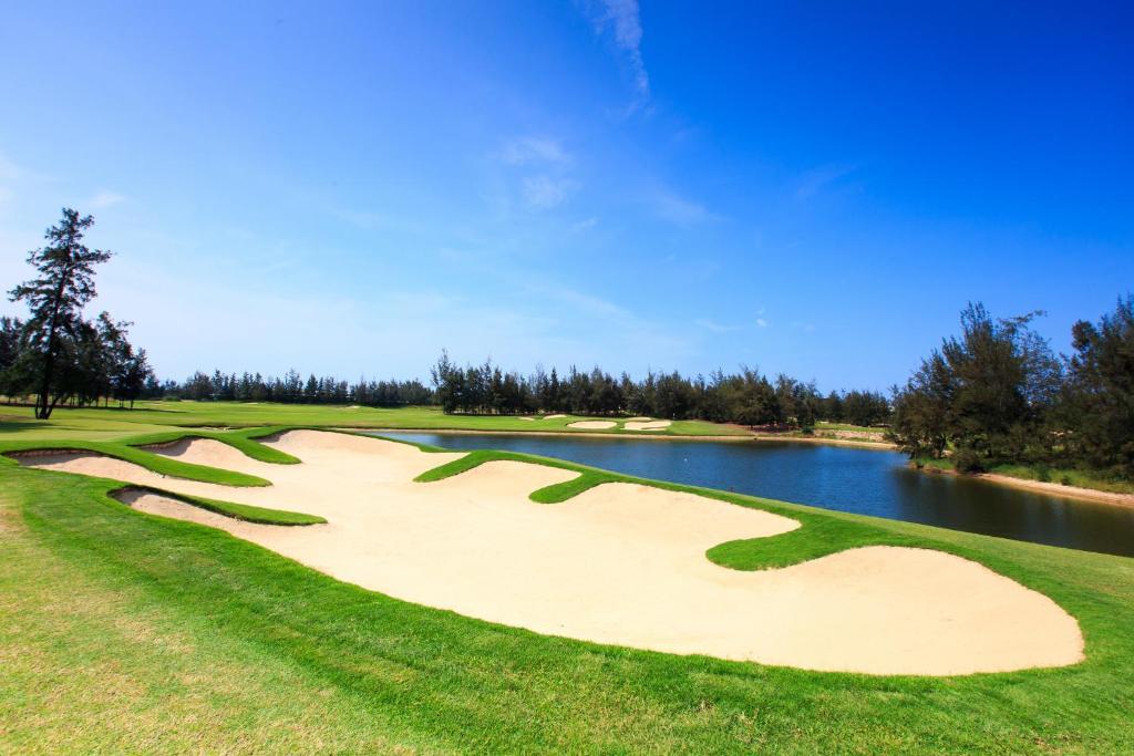 Suite Monty Giường Đôi với Gói Chơi Golf