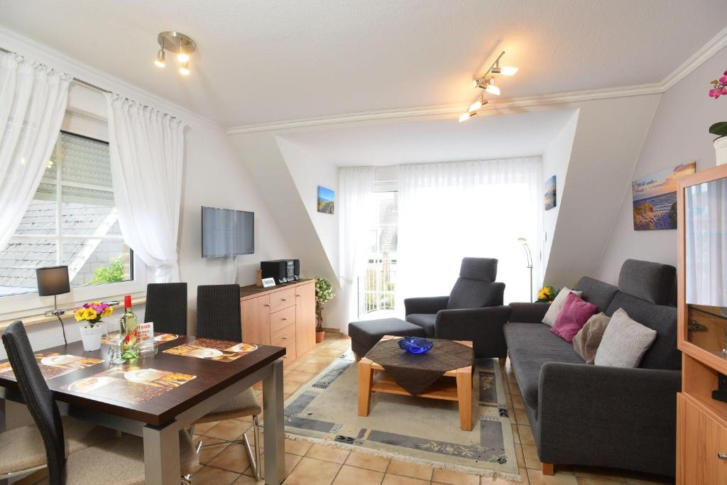 wohnung amsel app 4 westerland 2018. Black Bedroom Furniture Sets. Home Design Ideas
