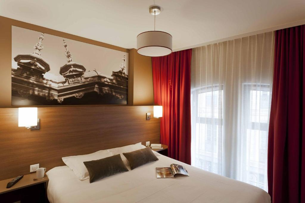 city lofthotel saint etienne. Black Bedroom Furniture Sets. Home Design Ideas