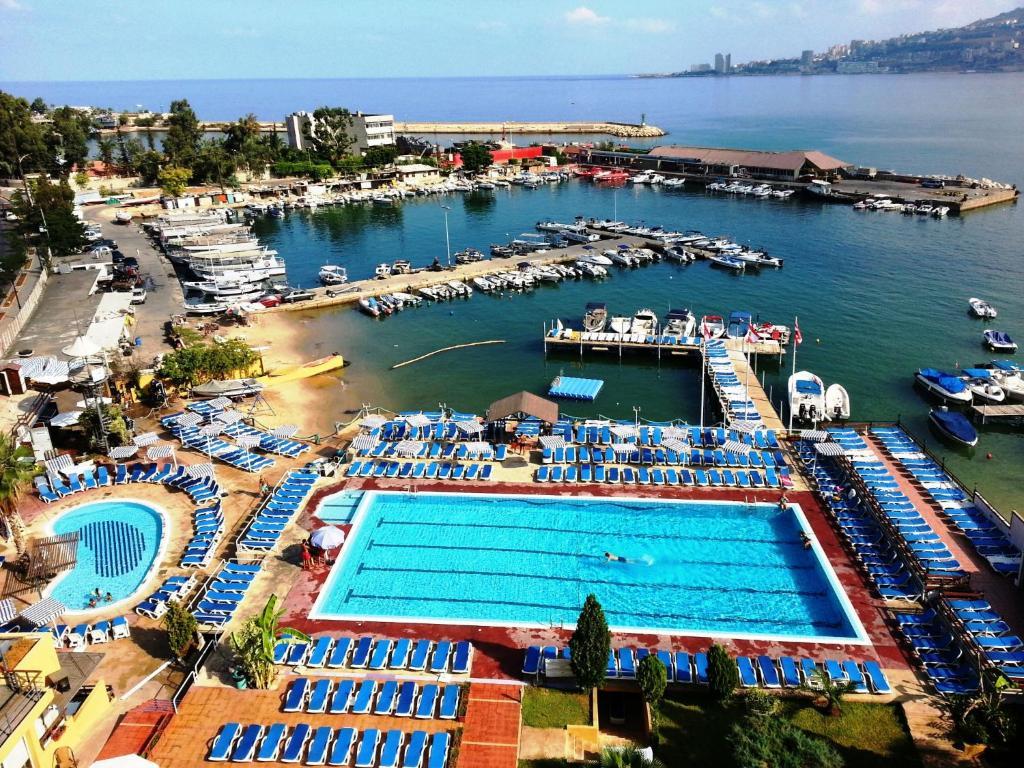 Bel azur hotel jounieh prenotazione on line viamichelin - Il bagno lebanon ...