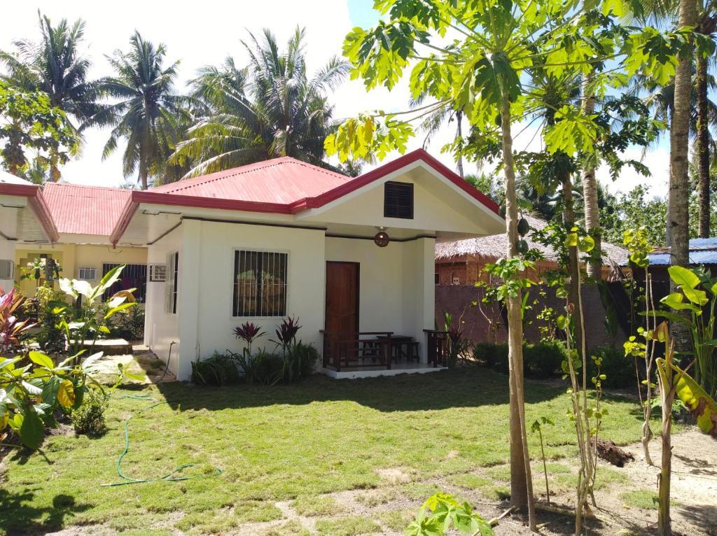 casa de temporada buko white house with garden and near the bech