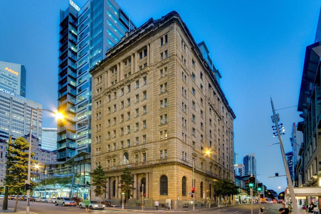Top Deals Condo Hotel MacArthur Chambers, Brisbane ...
