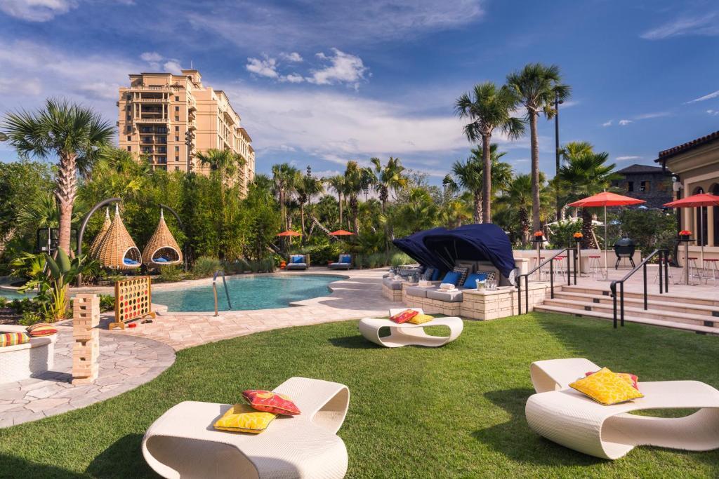 La pileta dentro o cerca de Four Seasons Resort Orlando at Walt Disney World Resort