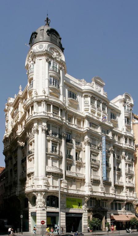 Hotel Atl Ntico Madrid Book Your Hotel With Viamichelin