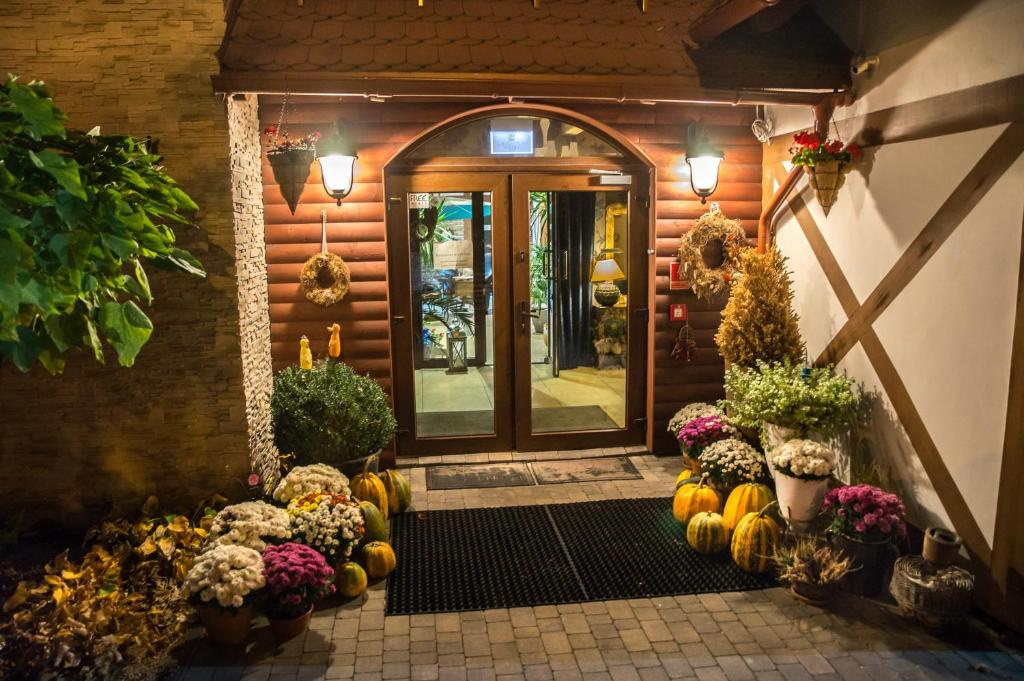 Hotel Legnicki Restauracja Polonia Legnica Bookingcom