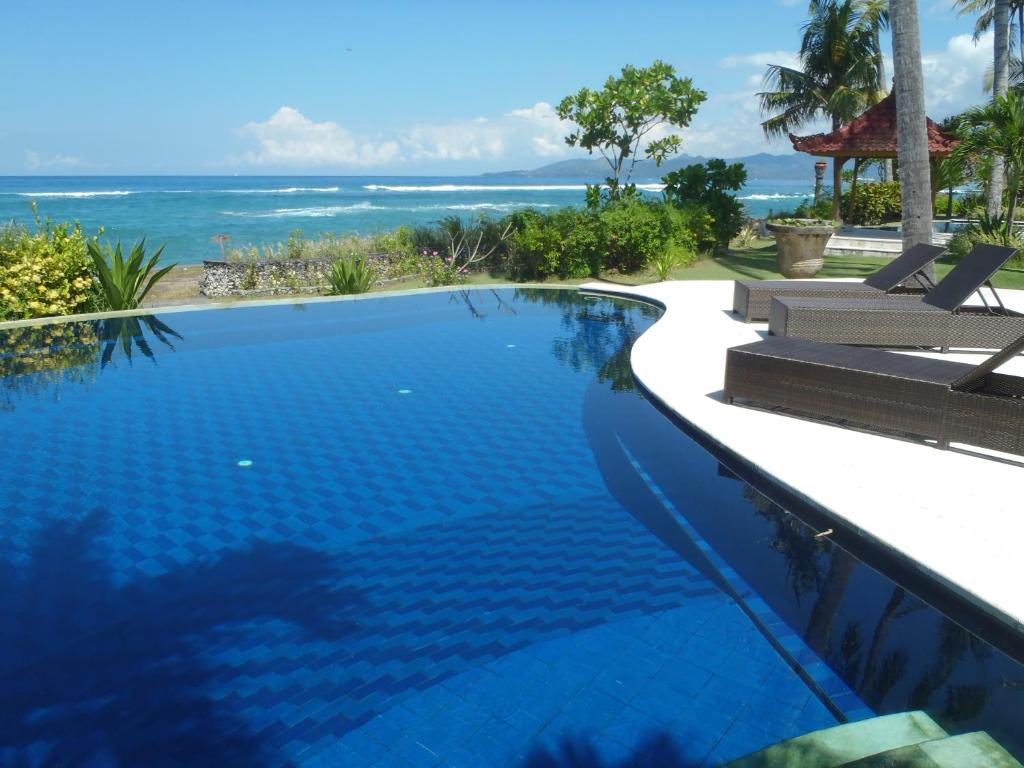 Villa rama manggis reserva tu hotel con viamichelin for Piscina y candidiasis