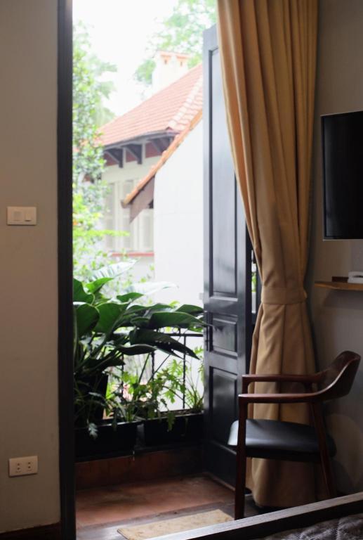 Phòng Deluxe Giường Đôi với Ban công