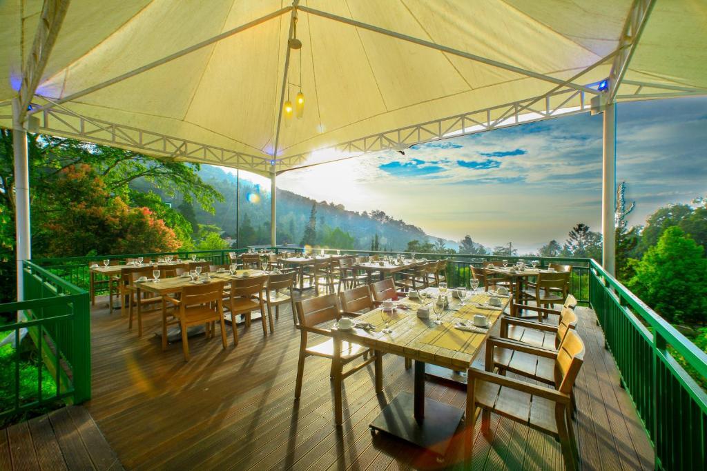 مطعم أو مكان آخر لتناول الطعام في منتجع بونكاك باس