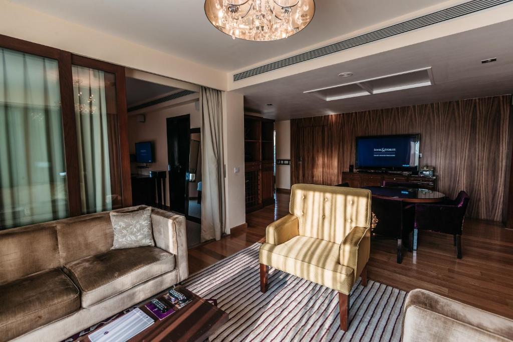 Famoso Precios Modulares Muebles De Cocina En Bangalore Motivo ...
