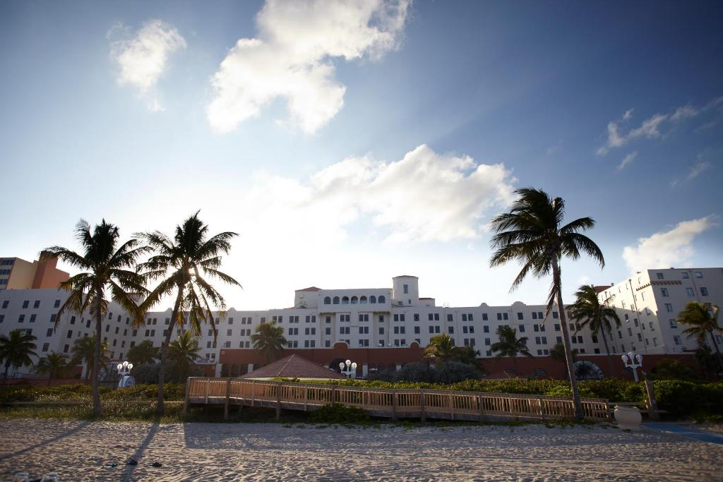 Historic Hollywood Beach Resort Hollywood Book Your