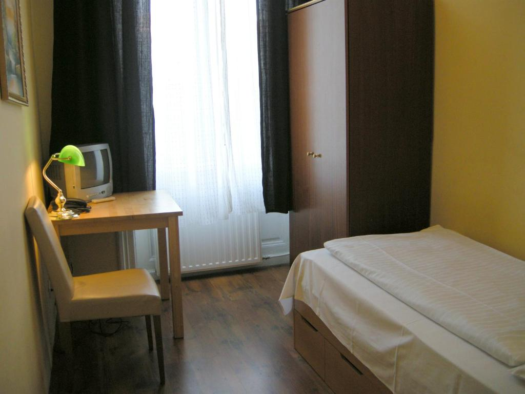 Pension schottentor chambres d 39 h tes vienne for Chambre hote vienne 38
