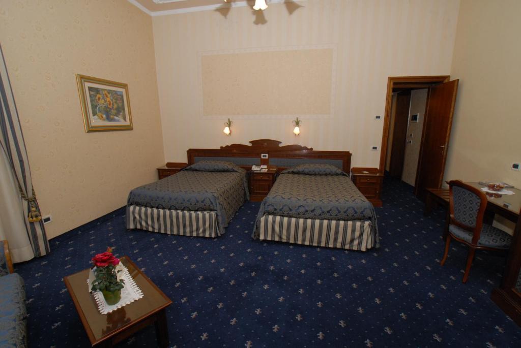 Hotel Villa Delle Rose Pescia Book Your Hotel With