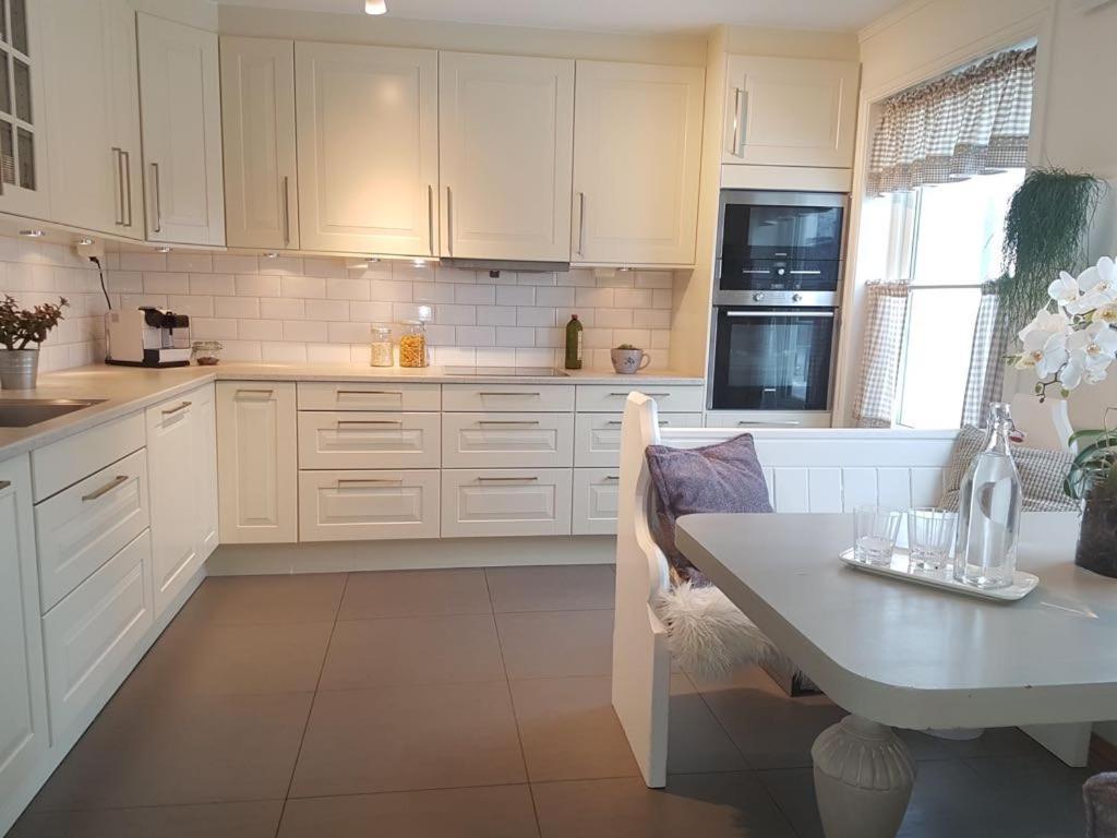 139293406 - Super cozy villa